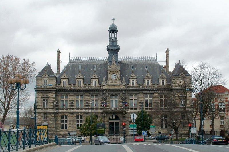 800px-mairie_de_pantin1